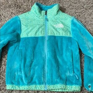 Girls North Face Fuzzy Blue/Green Jacket